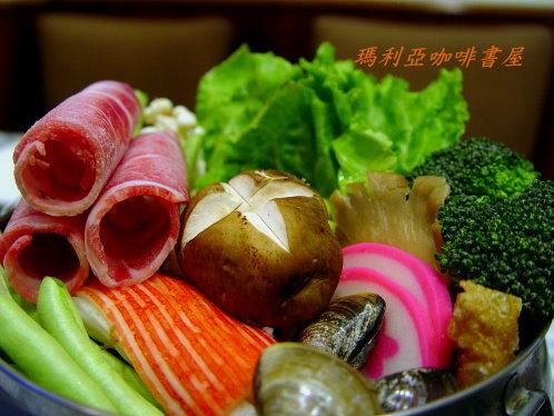 豬肉火鍋 (Pork Pot)